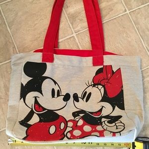 🌸🆕 Disney store Mickey tote bag.